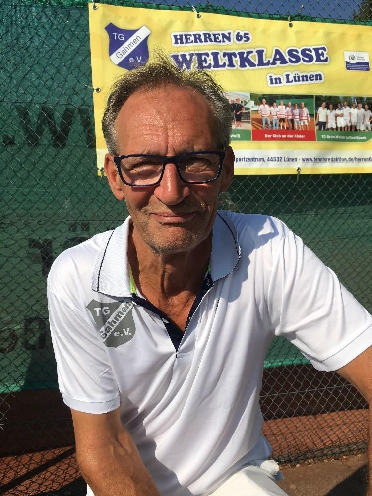 TG Gahmen bereitet sich auf ein Tennis-Großereignis vor.